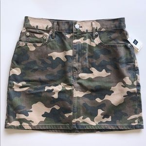 NEW Gap Denim Camo Skirt
